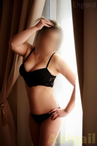 British, 35 years old Abigail escort girl in England - Image 1