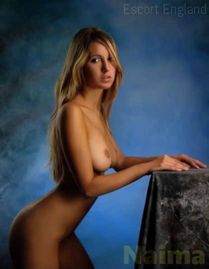 American, 18 years old Naima escort girl in England - Image 2