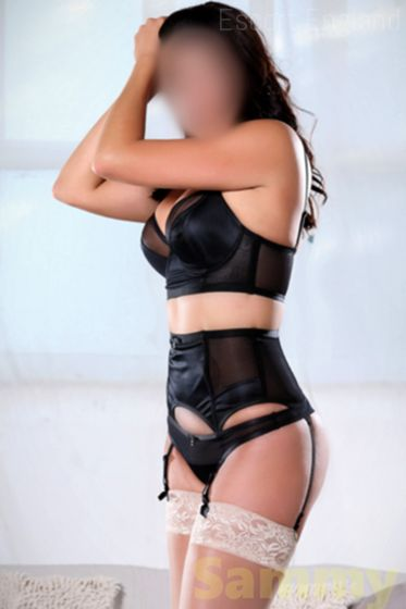 Welsh, 22 years old Sammy escort girl in England - Image 3