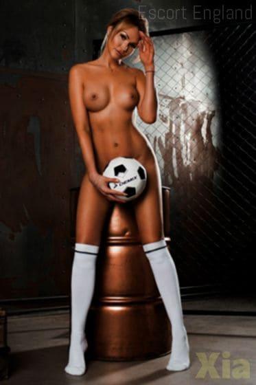 English, 33 years old Xia escort girl in England - Image 2